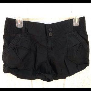 Comfy black shorts